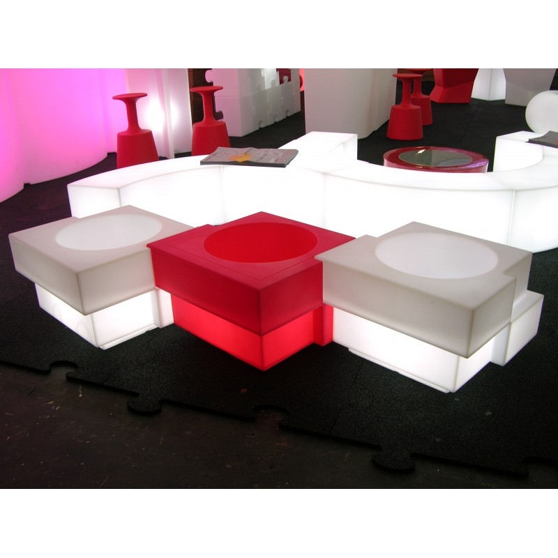 table basse lumineuse slide design ypsilon. Black Bedroom Furniture Sets. Home Design Ideas