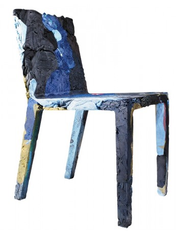 Chair in recycled jeans Casamania Rememberme design Tobias Juretzek