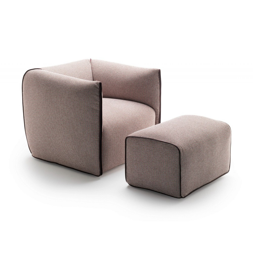 fauteuil avec pouf mdf italia mia design francesco bettoni. Black Bedroom Furniture Sets. Home Design Ideas