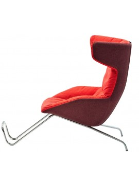 Armchair with pouf Moroso Take a line for a walk design Alfredo Häberli