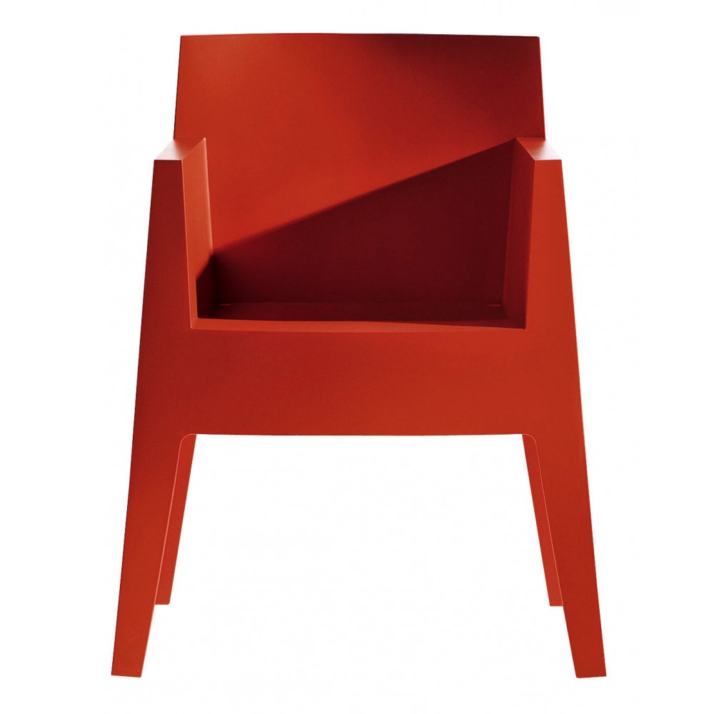 Stackable chair driade toy design philippe starck progarr for Philippe starck chaise