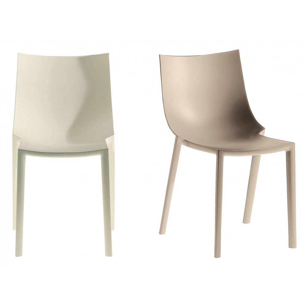 Chair driade bo design philippe starck progarr for Philippe starck chaise