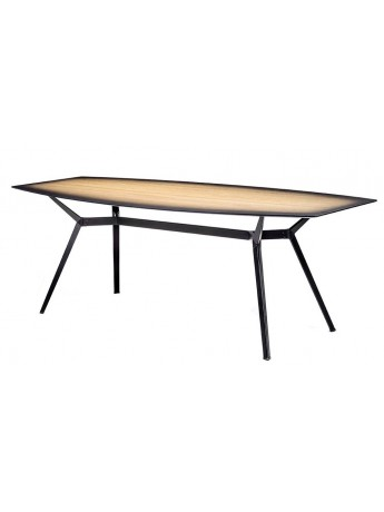 Table Diesel with Moroso Pylon Gradient design Diesel Creative Team