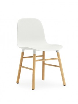 Chair Normann Copenhagen Form Chair - leg oak design Simon Legald