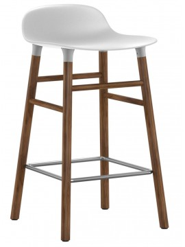 Stool Normann Copenhagen Form Barstool - leg walnut design Simon Legald