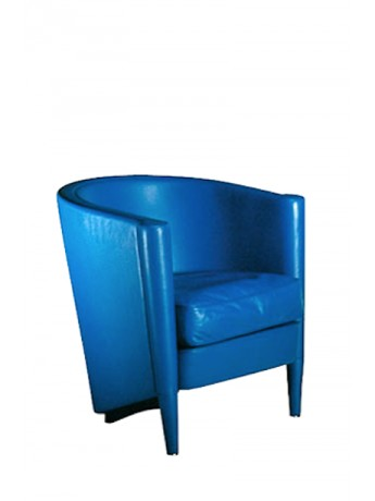 Armchair with cushion Moroso Rich Cushion design Antonio Citterio